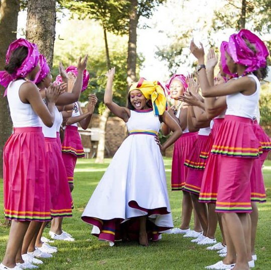 Celebrity Wedding Login: Bride And Her Squad In Sepedi Inspired Wedding Gown And