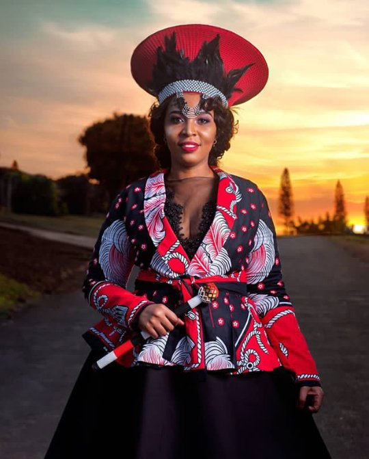 Lovely Umembeso Traditional wedding Outfit , Clipkulture