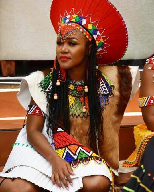 Zulu Bride In Umembeso Traditional Wedding Attire Clipkulture