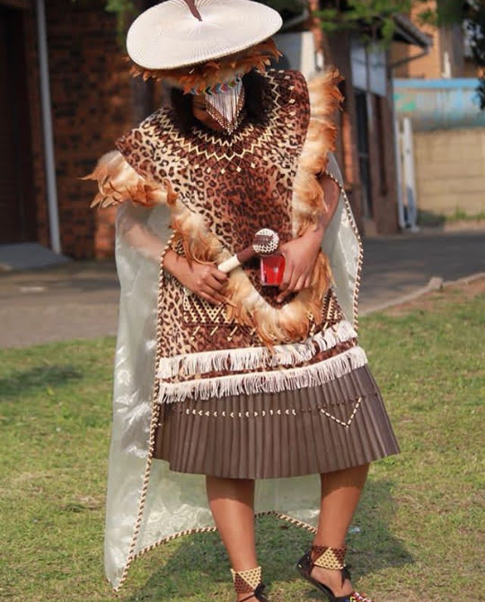 Bride In Zulu Traditional Wedding Attire Imvunulo Clipkulture