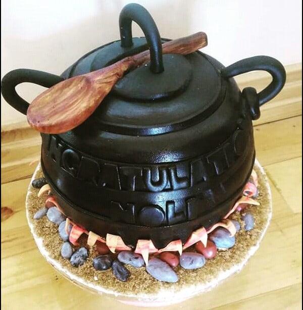 Xhosa Traditional 3,legged Pot Wedding Cake , Clipkulture