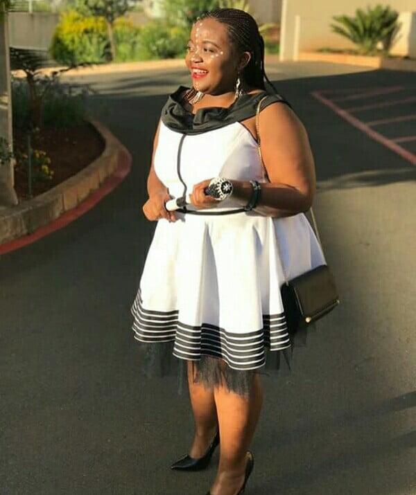 Stylish Xhosa Umbhaco Dress For Plus Size Ladies