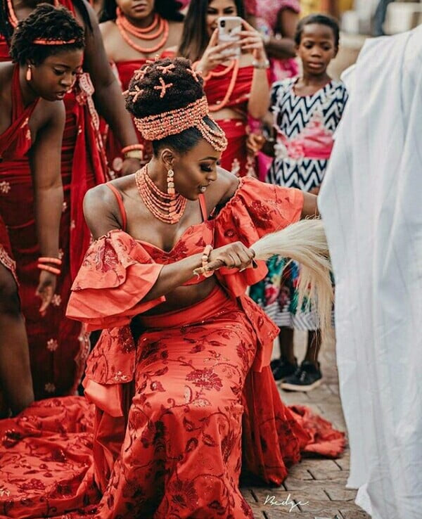 57b1304f2be Bride In Beautiful Igbo Traditional Wedding Attire With Coral Beads ...