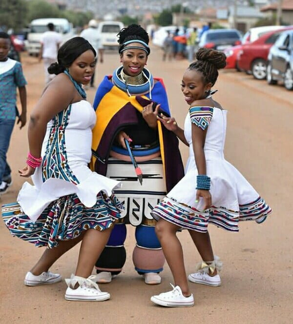 Bride And Bridesmaids In Ndebele Traditional Wedding