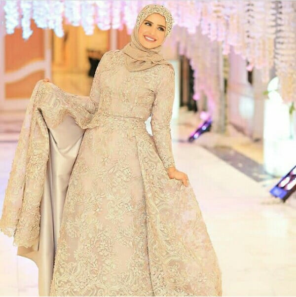 Egyptian Bride In Gold Hijab Wedding Dress With Train Clipkulture