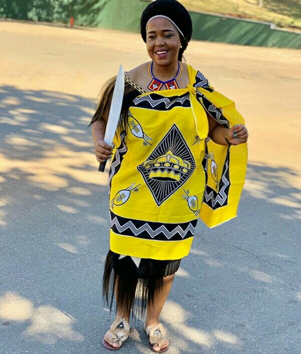 Winnie Mashaba Outfits: Winnie Mashaba In Yellow Swati Emahiya Traditional Attire